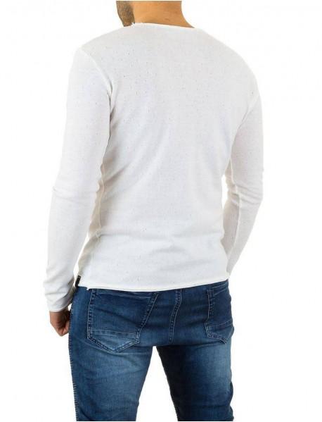 Мъжка блуза в бяло