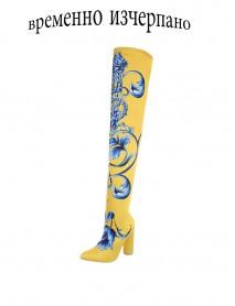 Екстравагантни дамски чизми в жълто с флорални мотиви