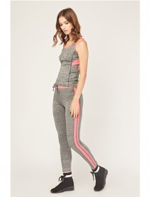 Дамски спортен комплект в сиво с розов кант