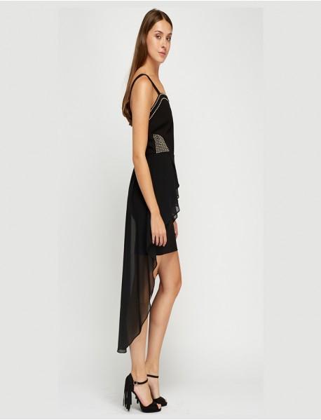Елегантна дамска рокля в черно с воал