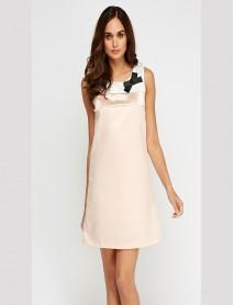 Дамска рокля със свободен силует